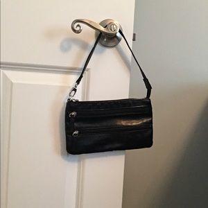Small black GAP leather purse